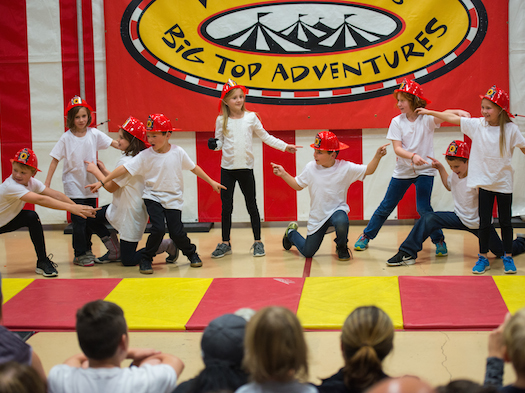 kids performing at circus