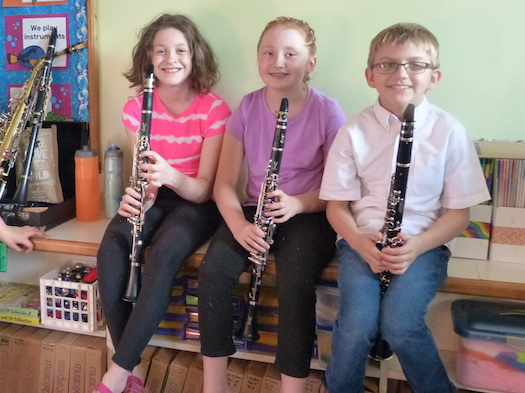 kids with flutes